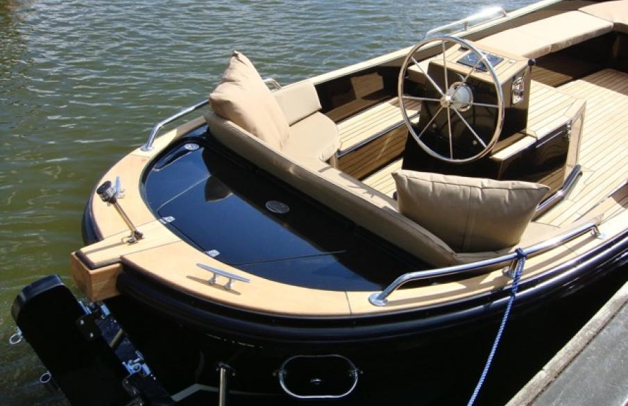Spiksplinternieuw Bossche Bol - Luxe sloep varen - Den Bosch UP-48